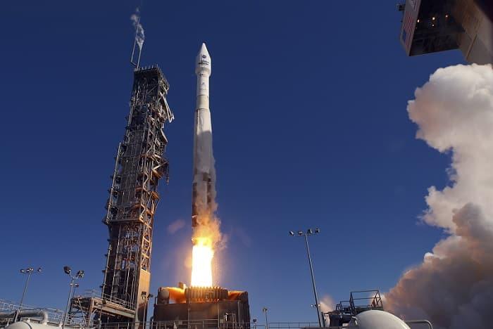 لحظه پرتاب ماهواره landsat